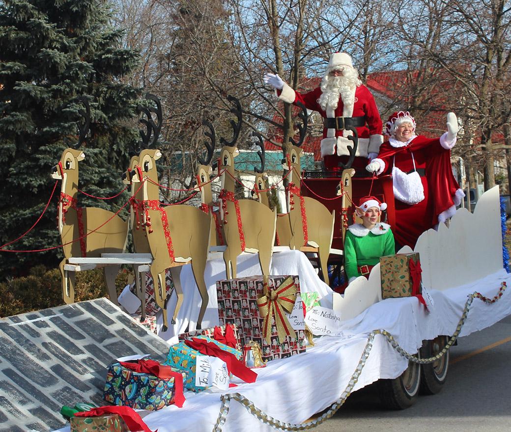 Visit Santa in MacLeod Park Saturday night