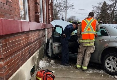 Driver suffers minor injuries after vehicle hits two businesses in Cannington