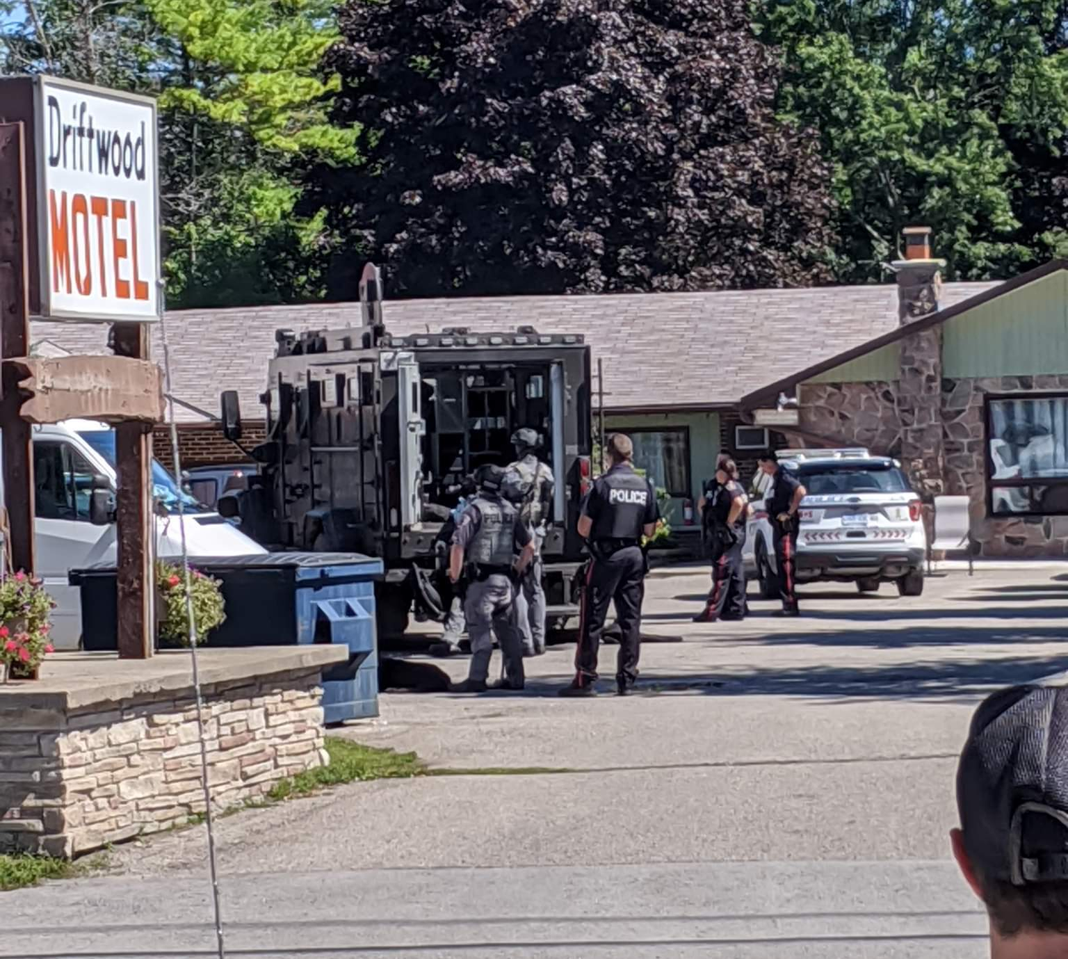 Police standoff reported in Sutton