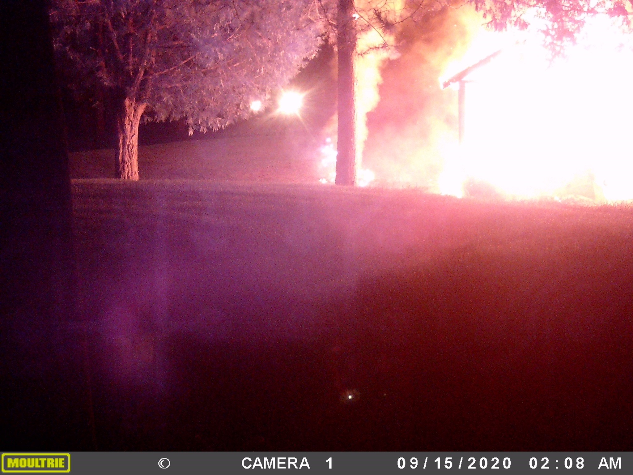 Police searching for suspects after arson incident in Ramara Township