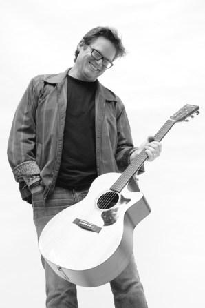 Nove Coffeehouse musician Don Lowe