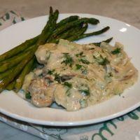 Chicken with Leeks & Mushrooms in White Wine Sauce