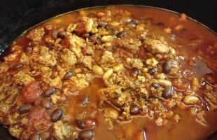 Game Day 3 Bean Turkey Chili