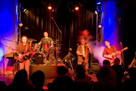 live-2009-32