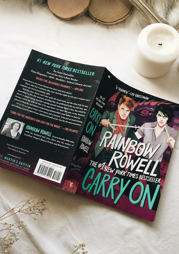 Carry On by Rainbow Rowell / Wonderful fantasy series with adorable couple