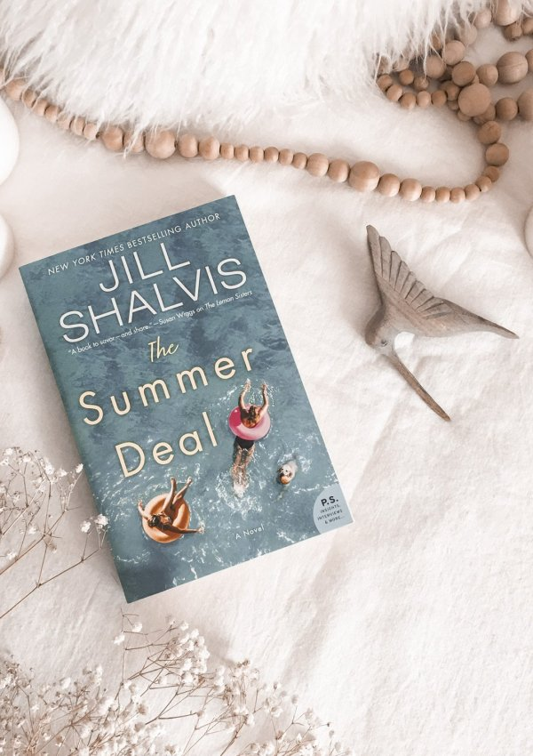 The Summer Deal by Jill Shalvis / A perfect small town summer read