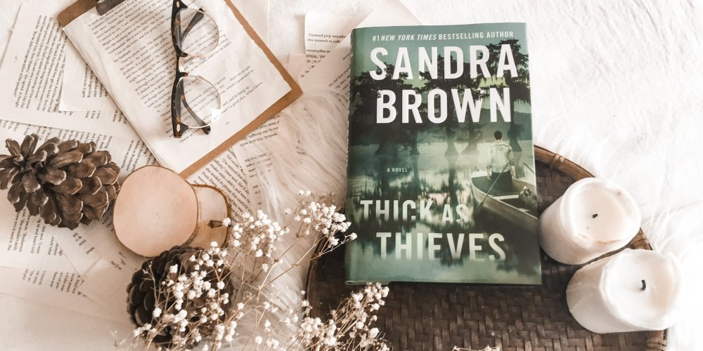 Book Review: Thick as Thieves by Sandra Brown