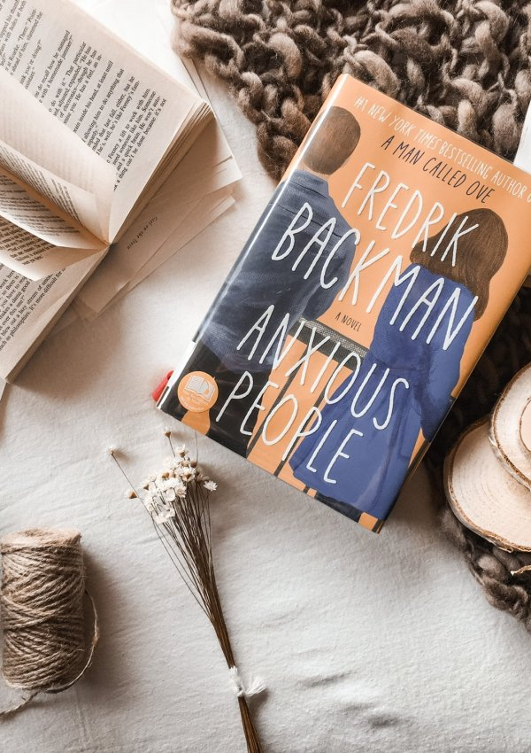 BOOK REVIEW: Anxious People by Fredrik Backman / powerful in a quirky and understated way