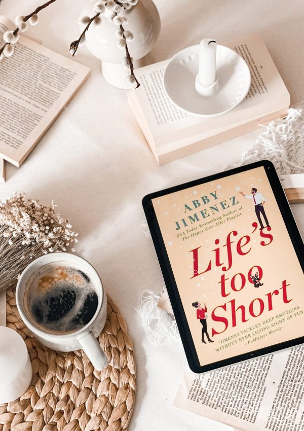 Life's Too Short by Abby Jimenez | BOOK REVIEW | (The Friend Zone #3)