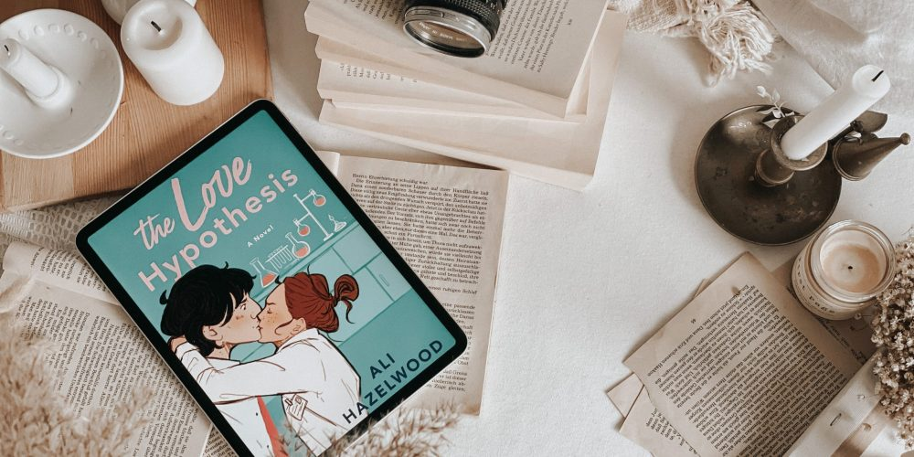The Love Hypothesis by Ali Hazelwood | BOOK REVIEW