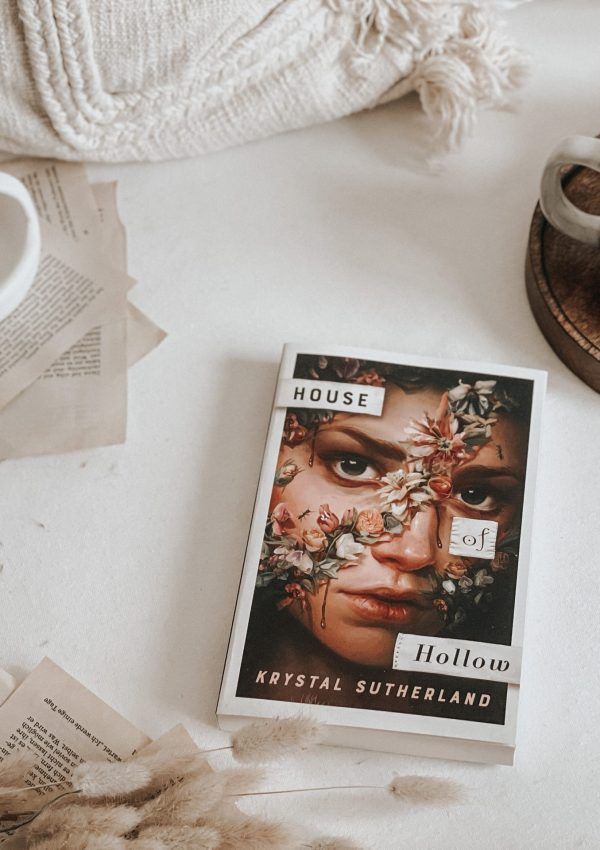 House of Hollow by Krystal Sutherland | AUDIOBOOK REVIEW