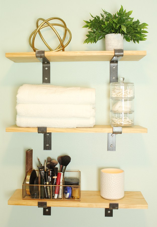 The-Brunette-One-Master-Bathroom-Tour-Minted-DIY_9