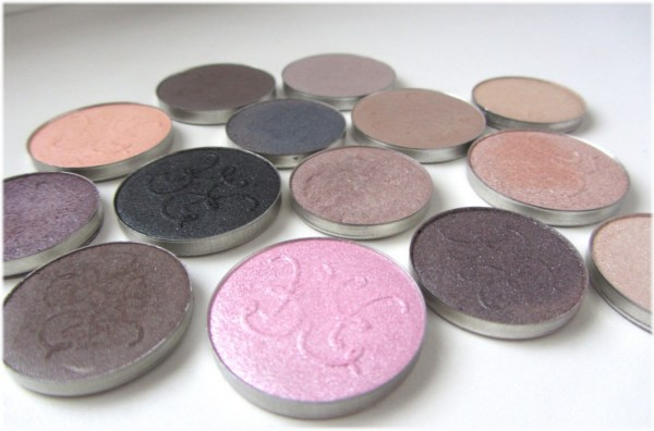 Rouge Bunny Rouge Long-Lasting Eyeshadows