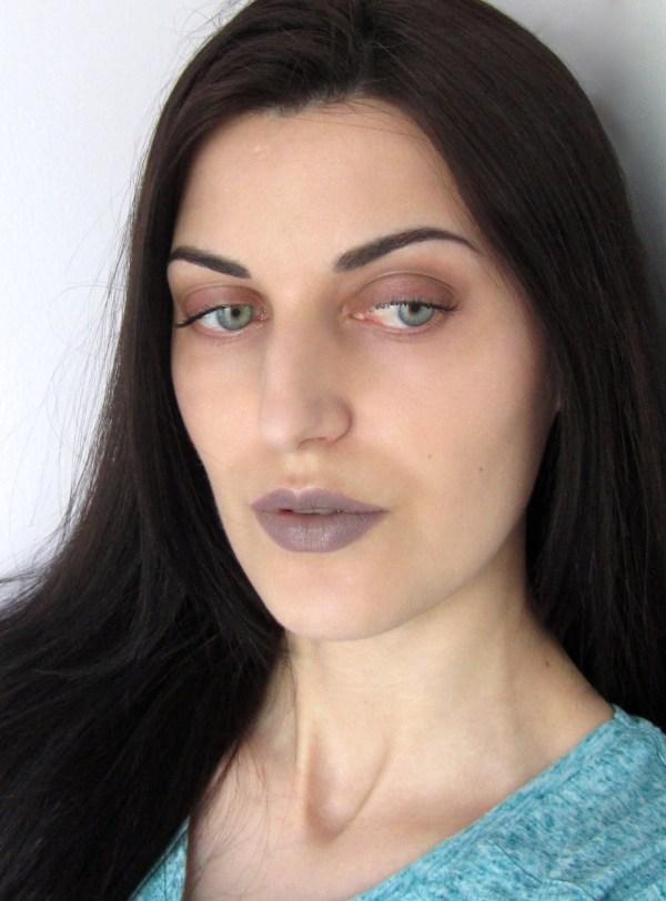Kiko Lipstick 524 Taupe Look 8