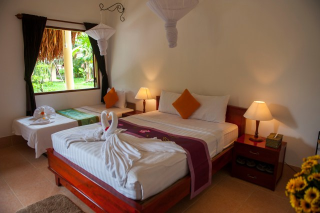 Mango Room 3