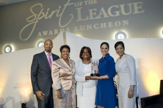Celebrated journalist Soledad O'Brien is flanked by veteran Atlanta journalist Monica Pearson and Urban League of Greater Atlanta (ULGA) event chairs/executive staff.