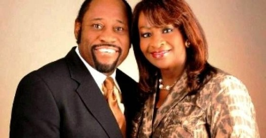 Dr. Myles and Ruth Munroe have died in a plane crash.  (Photo Credit: Google Images)