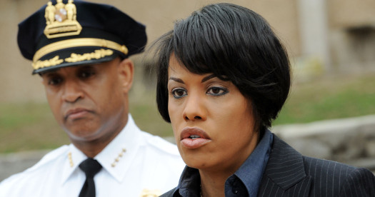 Former Baltimore Police Commissioner Anthony W. Batts (l.) and Baltimore City Mayor Stephanie Rawlings-Blake (r).  (Photo: The Baltimore Sun)