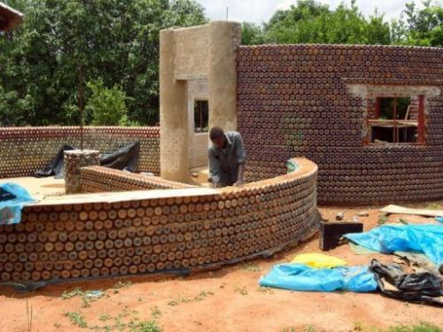 Nigerians are building fireproof housing with re-purposed plastic. (Photo: Google Images)