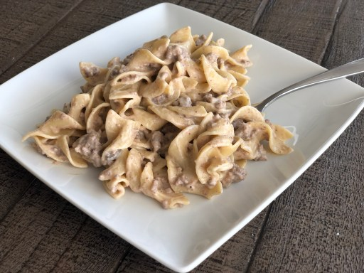 Fast and Easy Ground Beef Stroganoff-kid approved comfort food