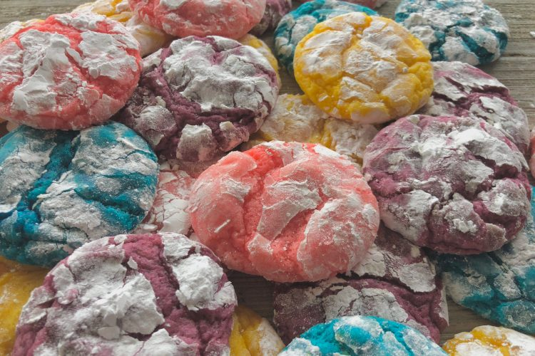 Easter Crinkle Cookies- bright fun sugar cookie perfect for Easter
