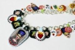 artistLightboxImage_app2103_Ten-years-baby-aniversry-necklace.20150512021113-1