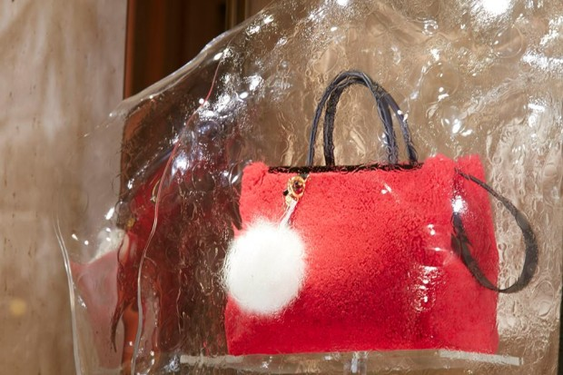 best-window-displays_fendi_2013_fall-winter_04