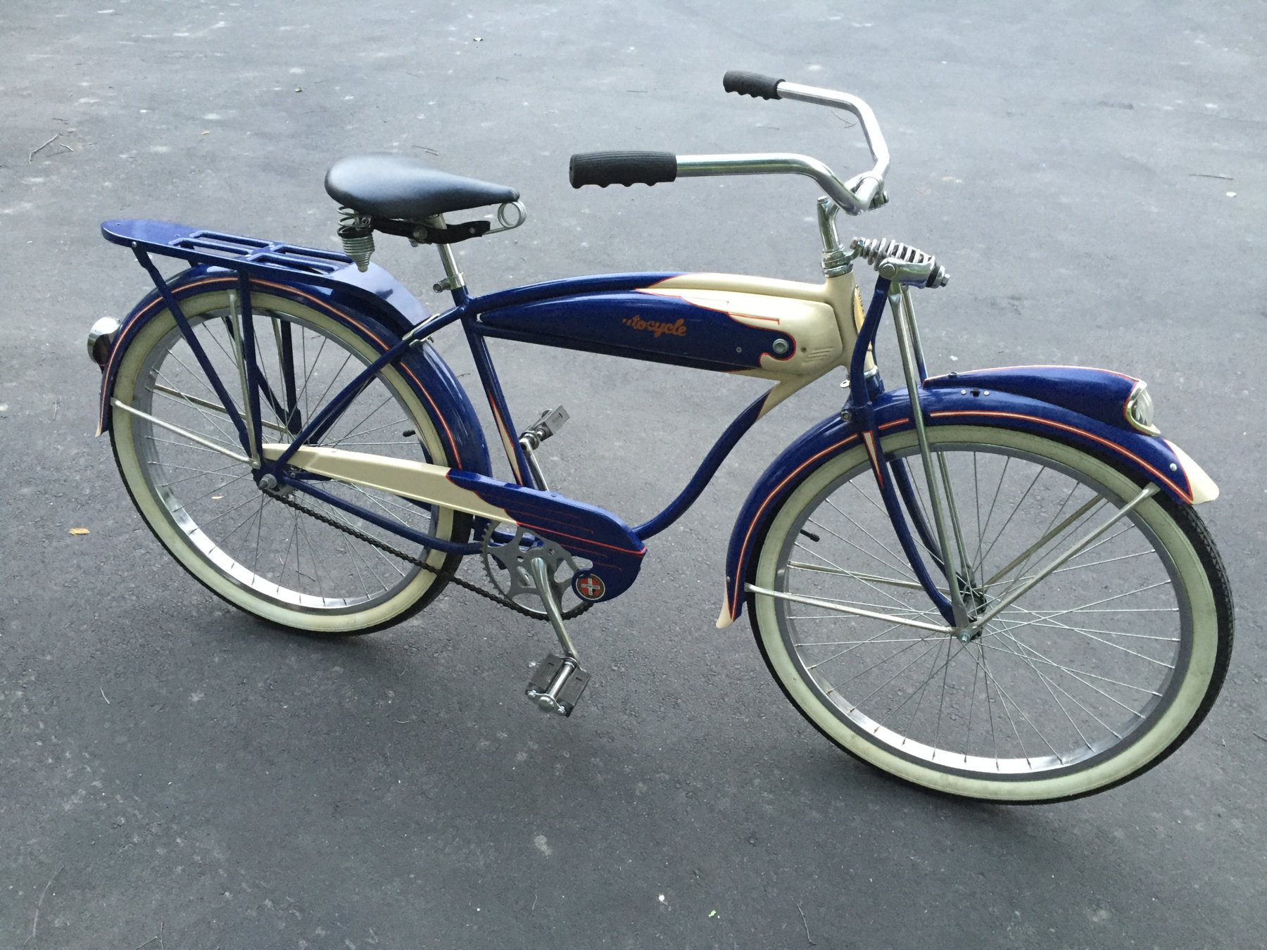 V200 Rollfast Bicycle