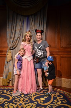 Melissa and the Kids with Princess Aurora