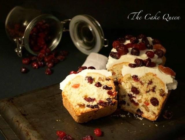 Plum cake de frutas del bosque, un bizcocho delicioso, perfecto para desayunar o merendar