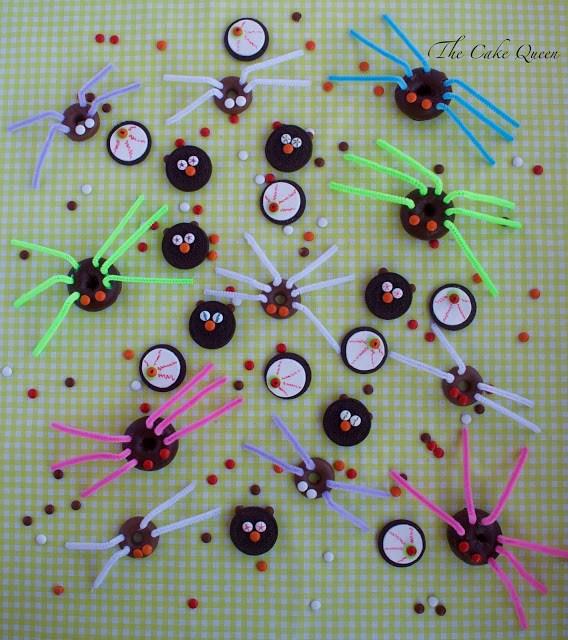 Ideas para Halloween con mini lacasitos: Galletas terroríficas y arañas peludas, especial para Halloween