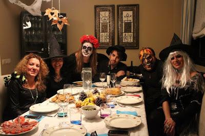 En la cena de Halloween que organizó Ana en su casa, que bien lo pasamos
