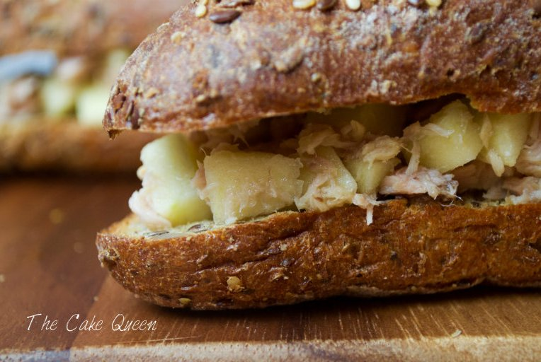 Sándwich express de atún y manzana