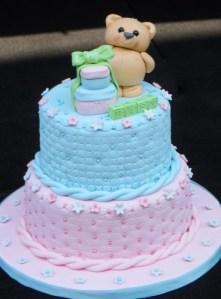 Teddy bear boy and girl baby shower cake