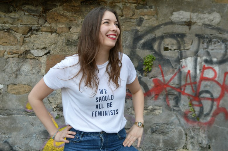 "DIY tee-shirt ""We should all be feminists"""