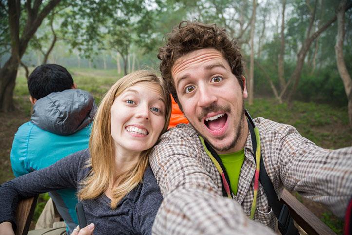 Thomas & Julia, the storytellers behind Electric Peak.
