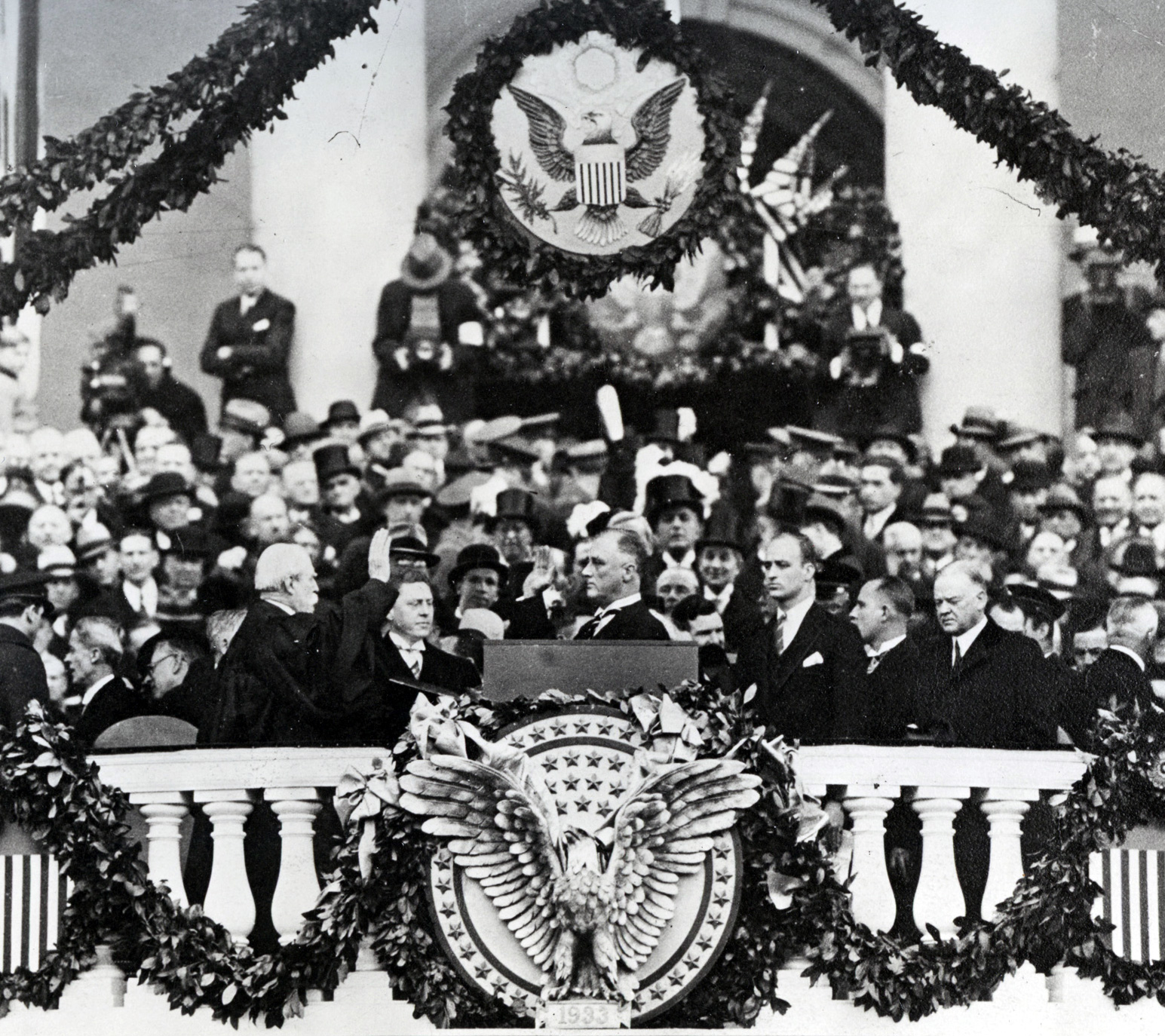 "an analysis of two speeches of governors fd roosevelt On december 7th, 1941, pearl harbor was attacked by japanese forces the next day, franklin d roosevelt addressed the united states congress with his memorable ""a date which will live in infamy"" speech this speech had two purposes: to urge congress to formally declare war on japan (which they ."