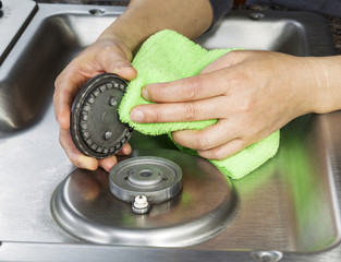 Unclog Gas Burner; How to Clean Clogged Gas Stove Burners