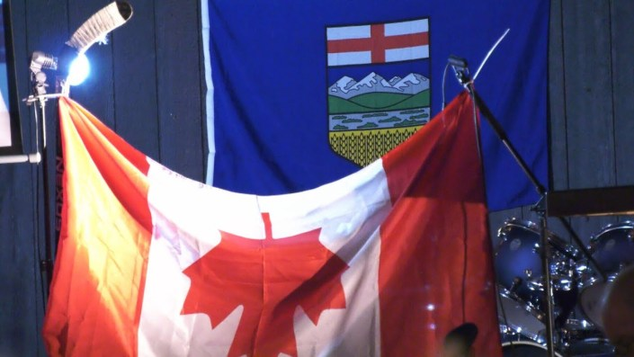 Nearly 1000 gather in support of Wexit in Edmonton