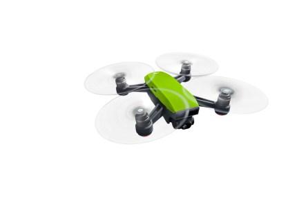 DJI Spark Meadow Green - Flying