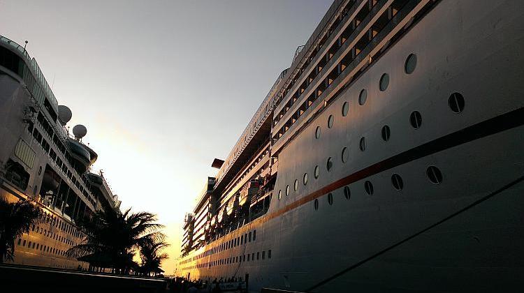 Wind Spirit Cruise French Polynesia