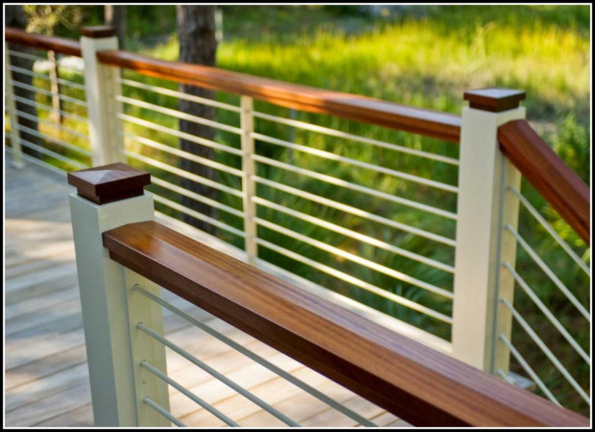 Horizontal Aluminum Deck Railing