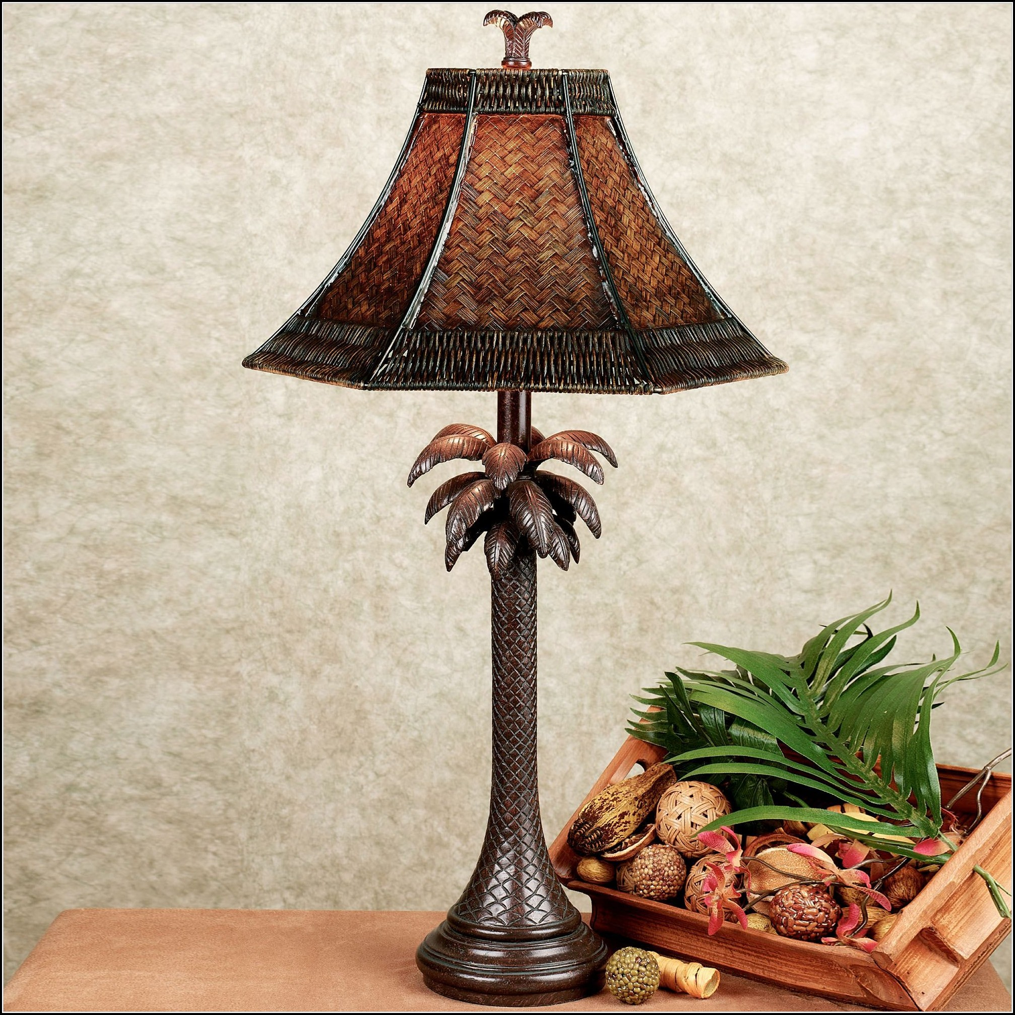 Outdoor Palm Tree Table Lamp