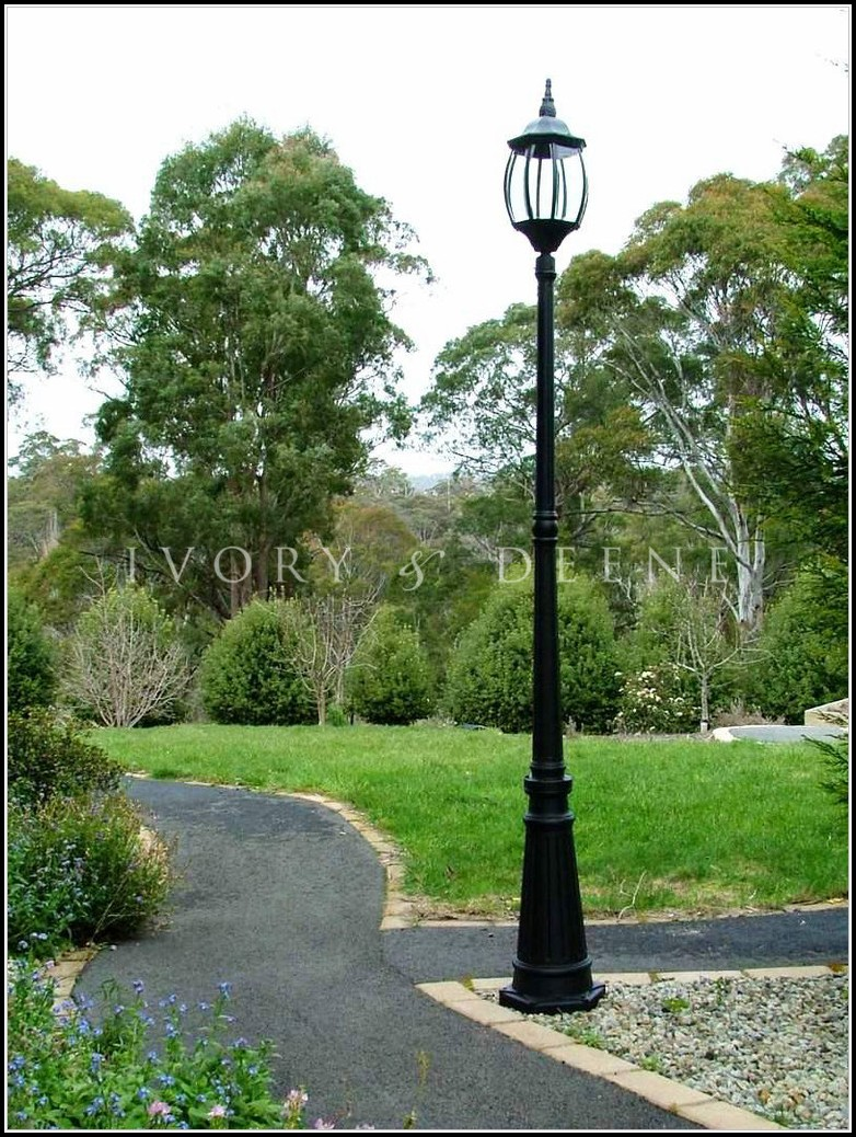 Solar Lamp Posts For Driveways