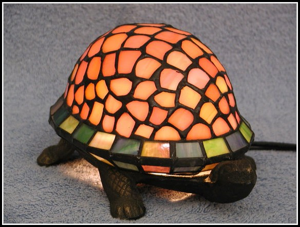 Tiffany Stained Glass Turtle Lamp