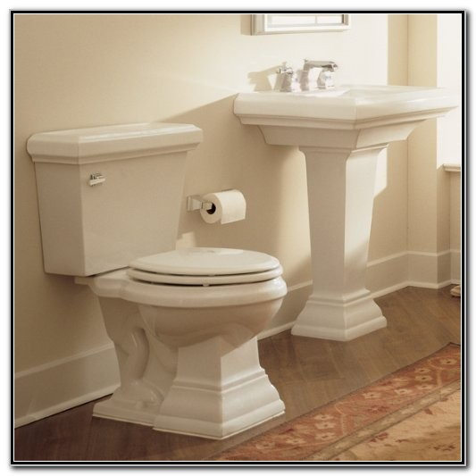 American Standard Town Square Pedestal Sink