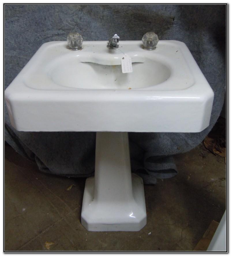 Antique Cast Iron Pedestal Sink