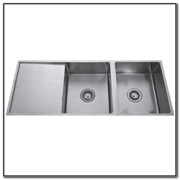 Double Bowl Undermount Kitchen Sink With Drainer