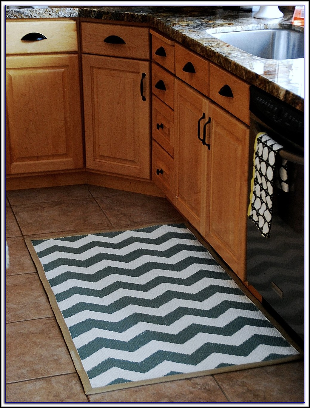 Kitchen Sink Rugs And Mats