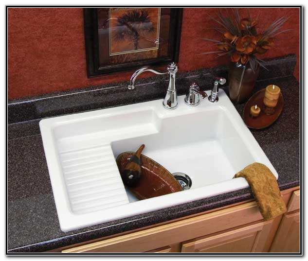 Kitchen Sink With Drainboard And Backsplash